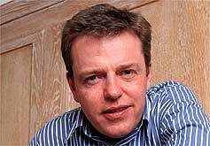 Image:Suggs medium headshot.jpg